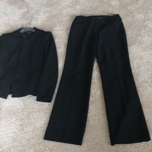 Anne Klein 2 piece black suit. EUC.